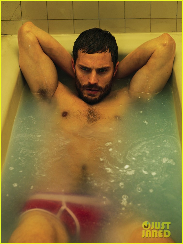 jamie dornan shirtless bathtub interview magazine 02
