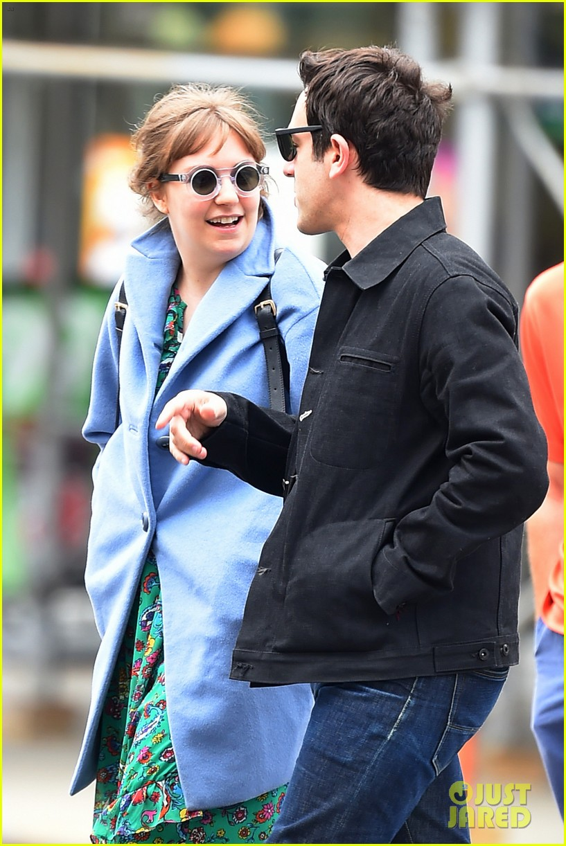 lena dunham hangs out with pal bj novak in new york 02