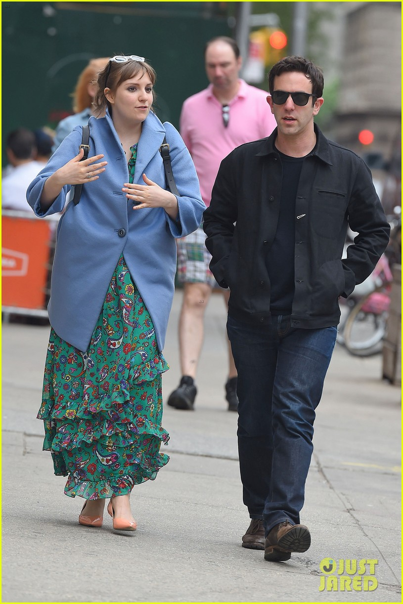 lena dunham hangs out with pal bj novak in new york 08