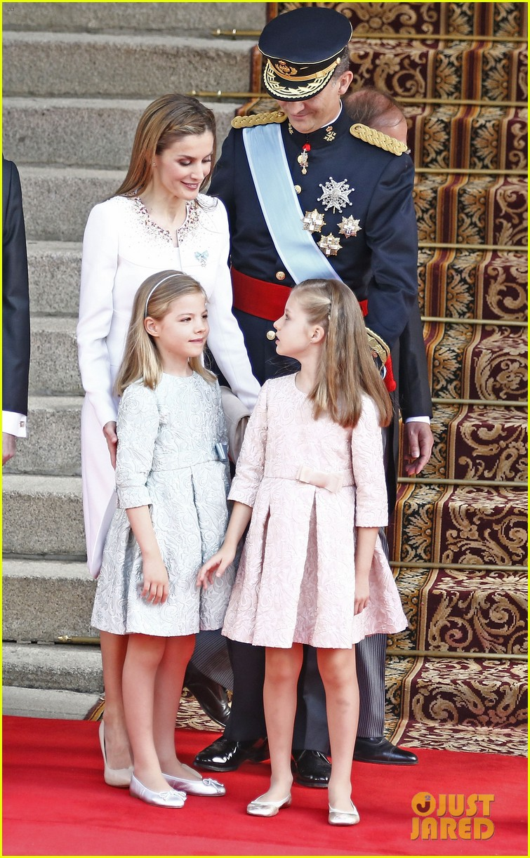 king felipe vi queen letizia of spain coronation 113138764