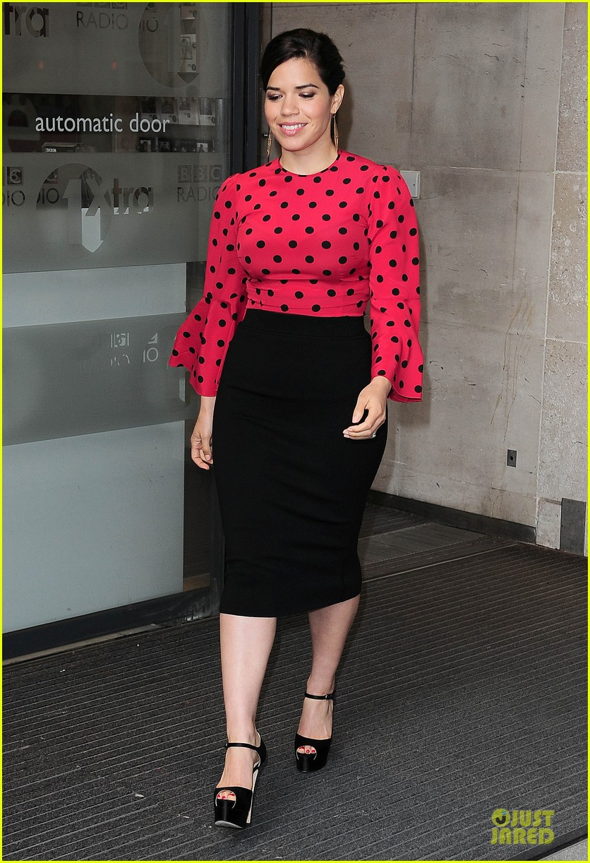 america ferrera red promoting how to train your dragon 2 093142203