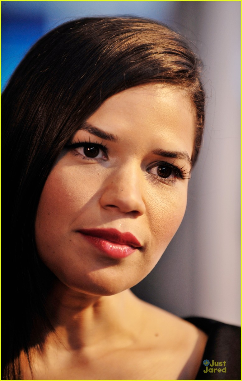 america ferrera ryan piers williams work at xy premiere 103139679