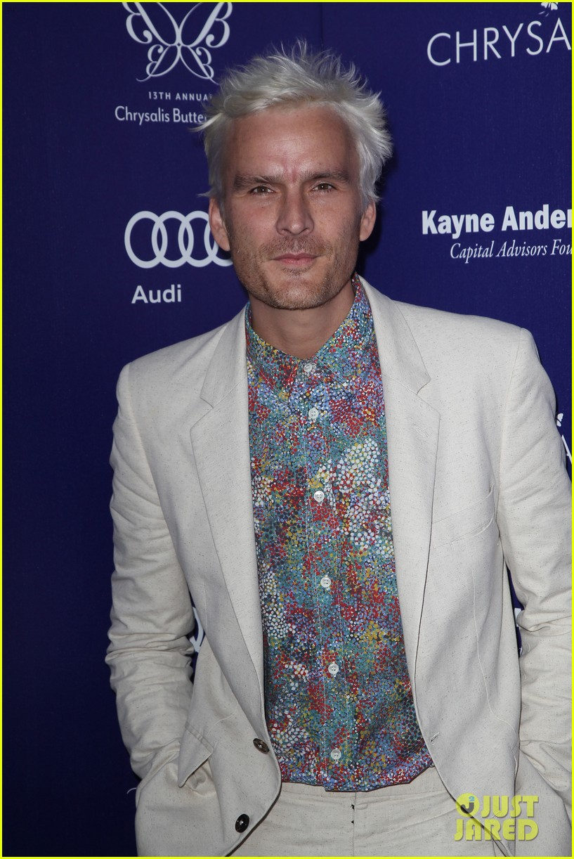 balthazar getty debuts white hair chrysalis butterfly ball 14