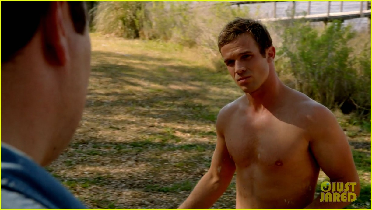 cam gigandet shirtless reckless series premiere 05