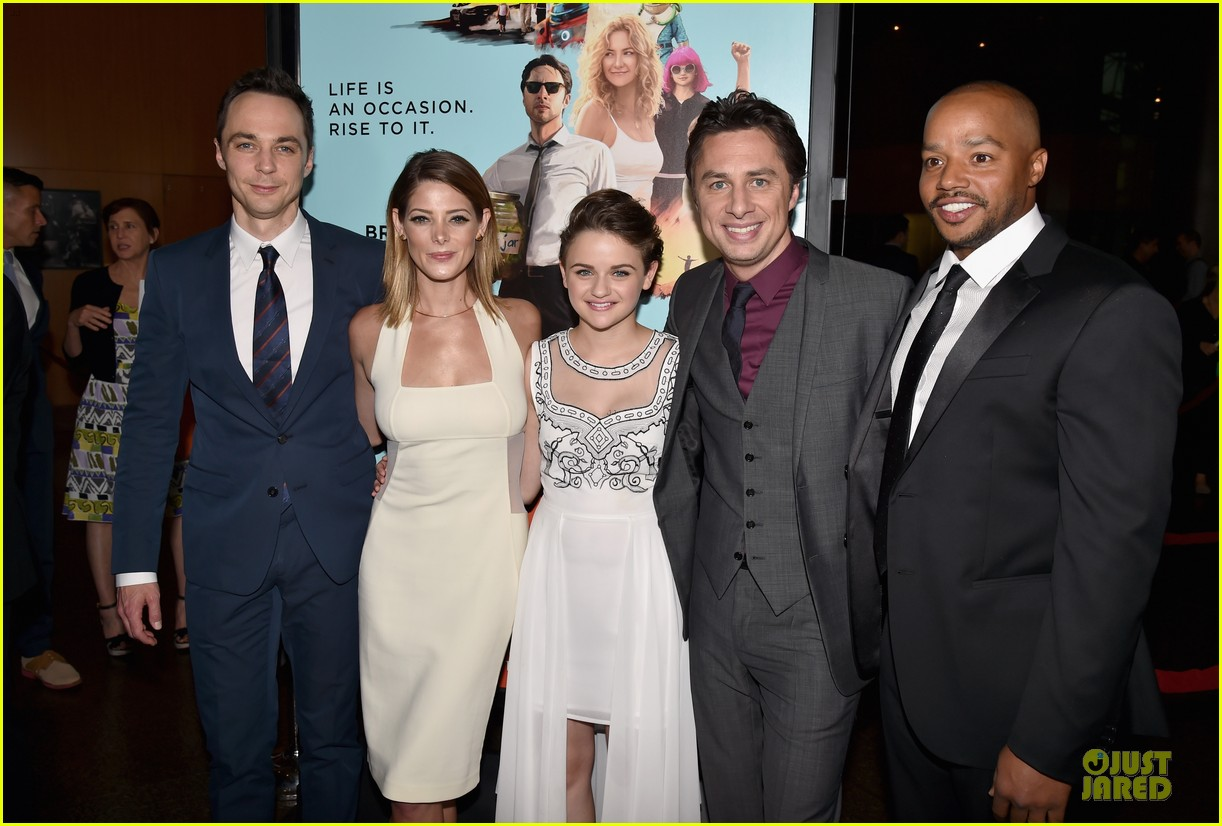 ashley greene joey king wish i was here premiere 02
