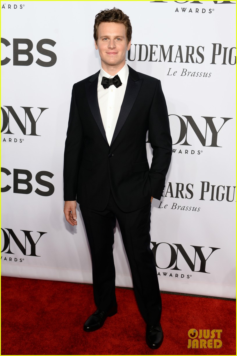 jonathan groff tony awards 2014 03