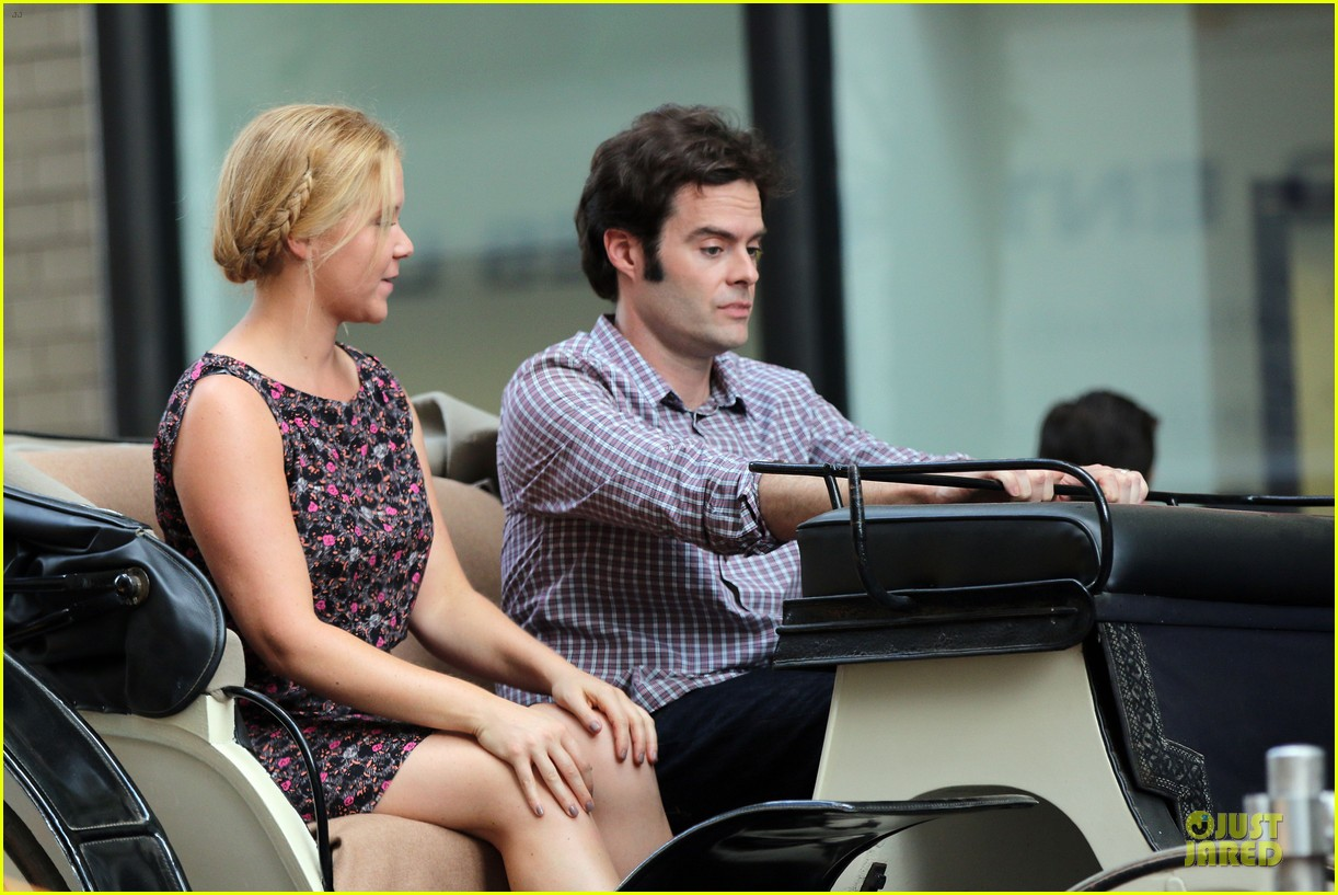 bill hader amy schumer kissing in central park 02