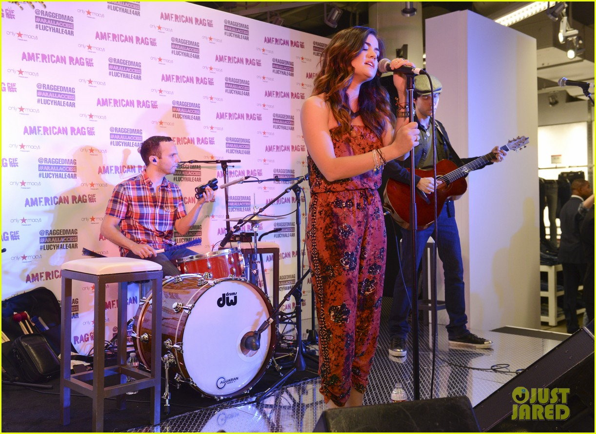lucy hale all access mall meet up 043135746