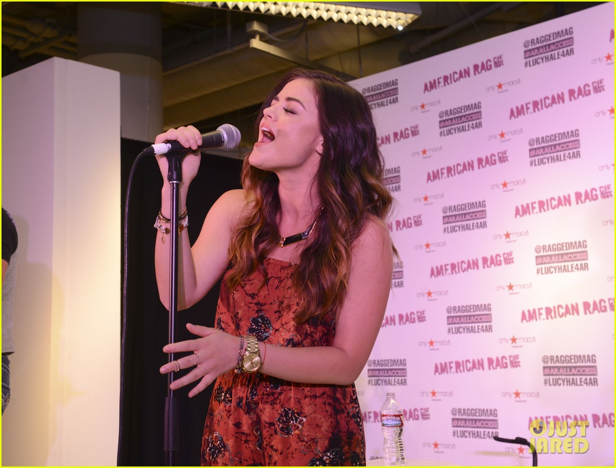 lucy hale all access mall meet up 16