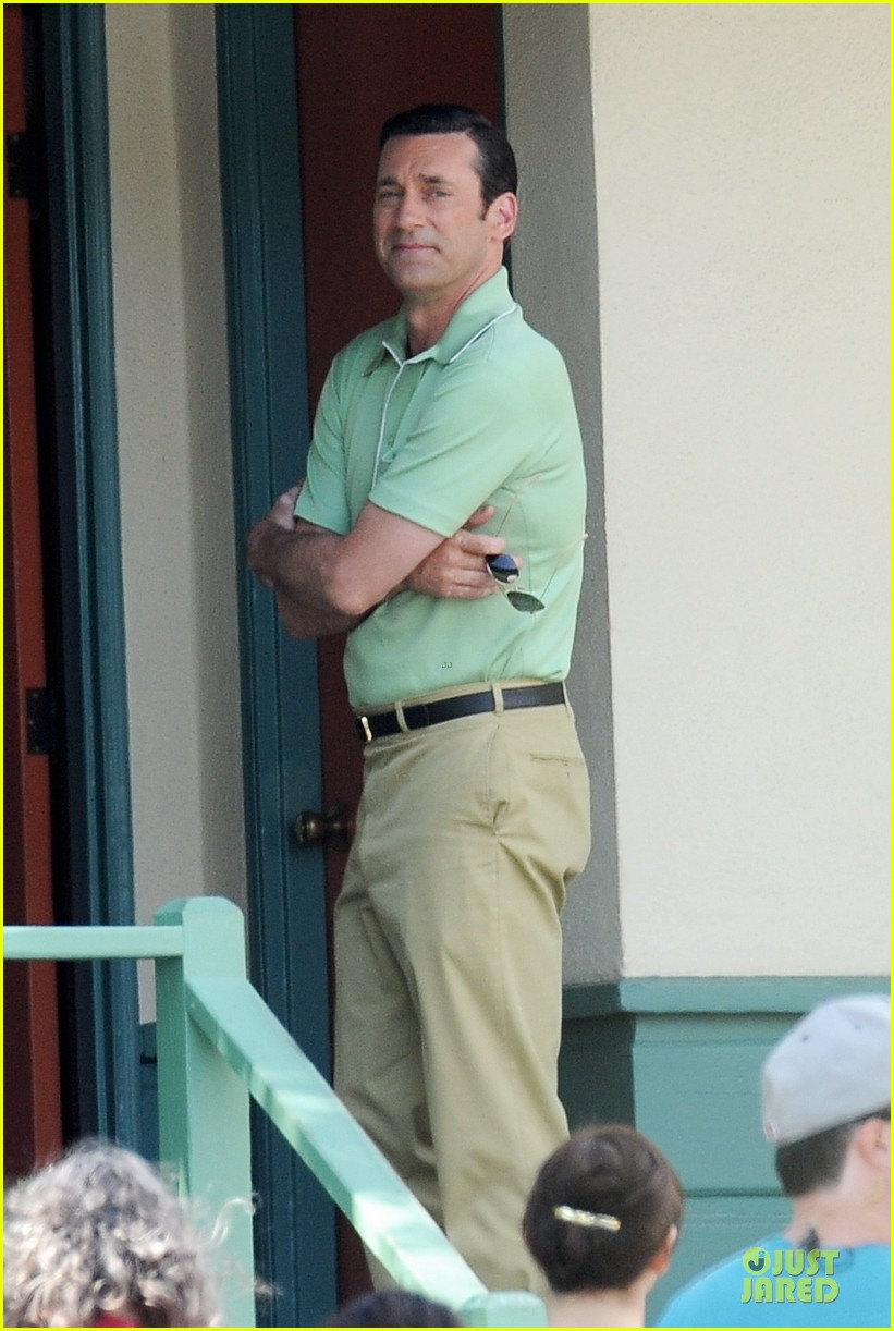 jon hamm showcases vocals at baseball game 133137034