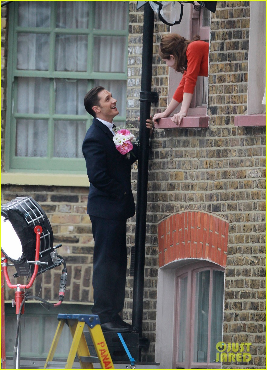 tom hardy shimmies up a drainpipe to woo emily browning 093143183