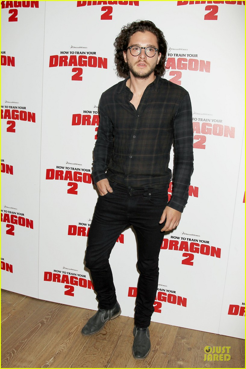 kit harington hair has contract on game of thrones 013133521