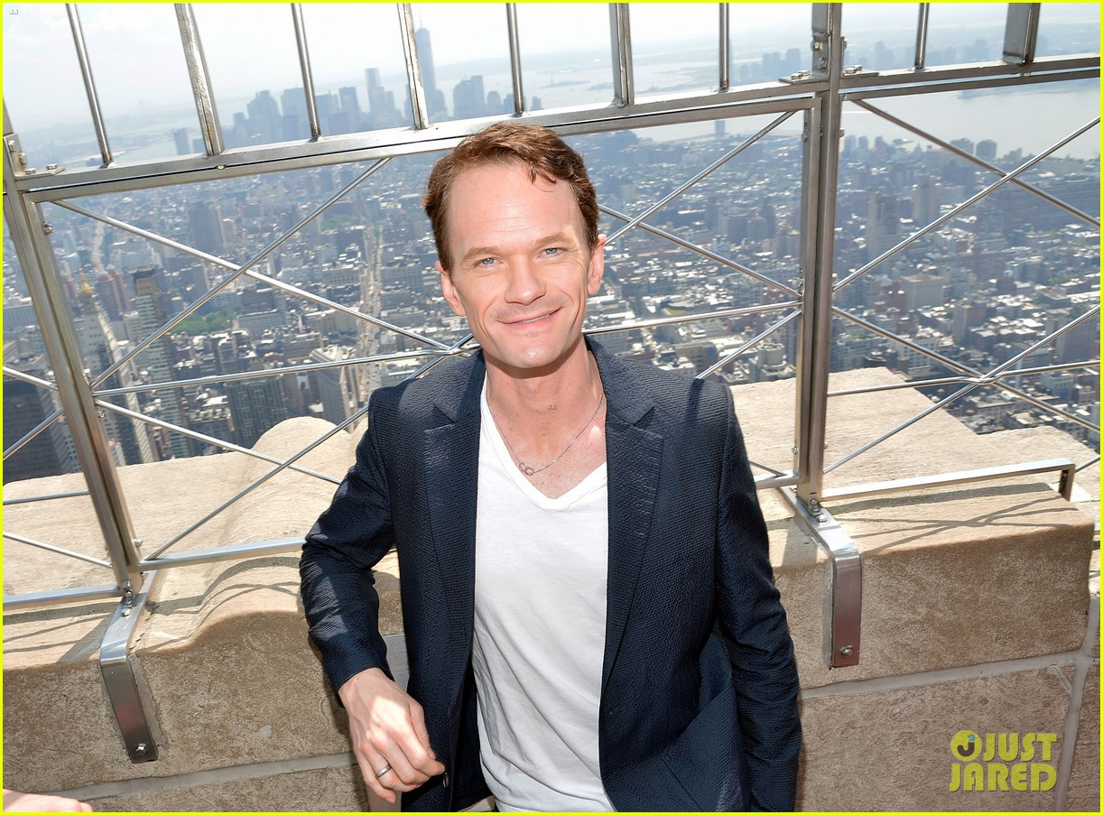 neil patrick harris joins tony award nominees at the empire state 01