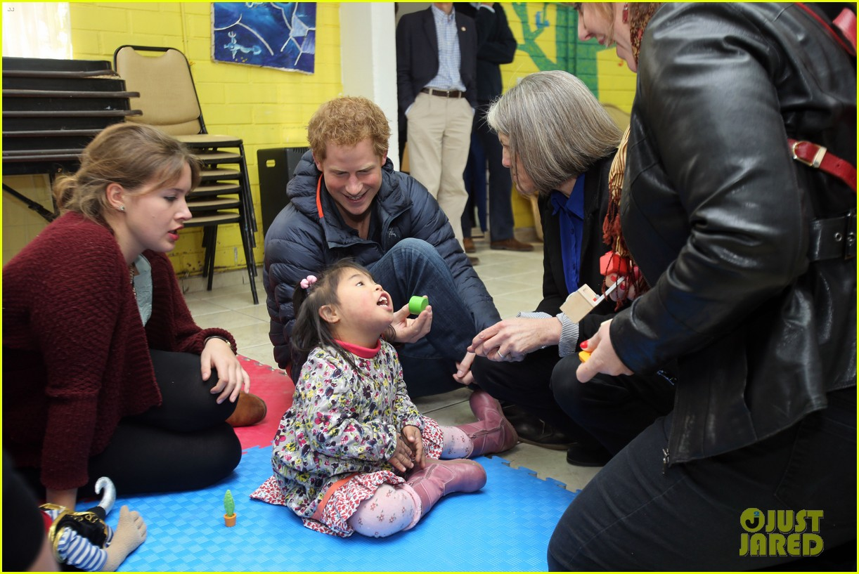 prince harry busts a move children chile visit 093146207
