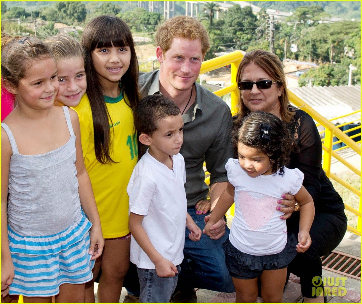 prince harry becomes emotional says death of his mother nothing compared to orphans suffering 10
