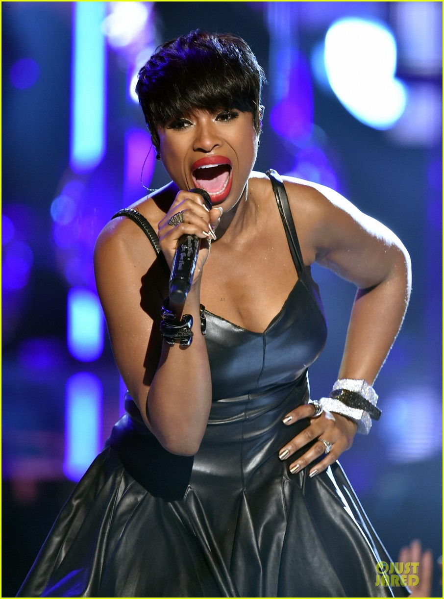 jennifer hudson shirtless david mcintosh bet awards 2014 06
