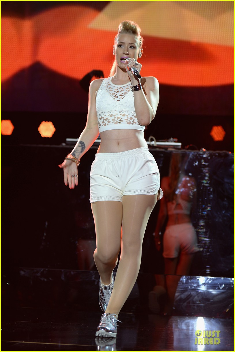 iggy azalea major skin at iheartradio pool party 093145399