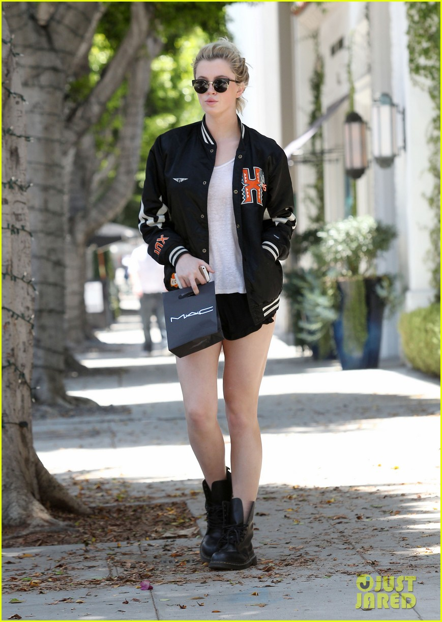 ireland baldwin cup of noodles bagels diet 25
