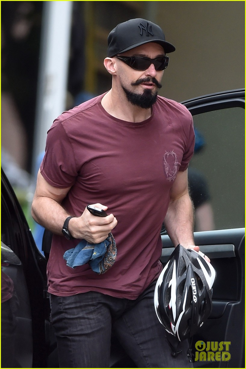 hugh jackman emerges with his brand new look 04