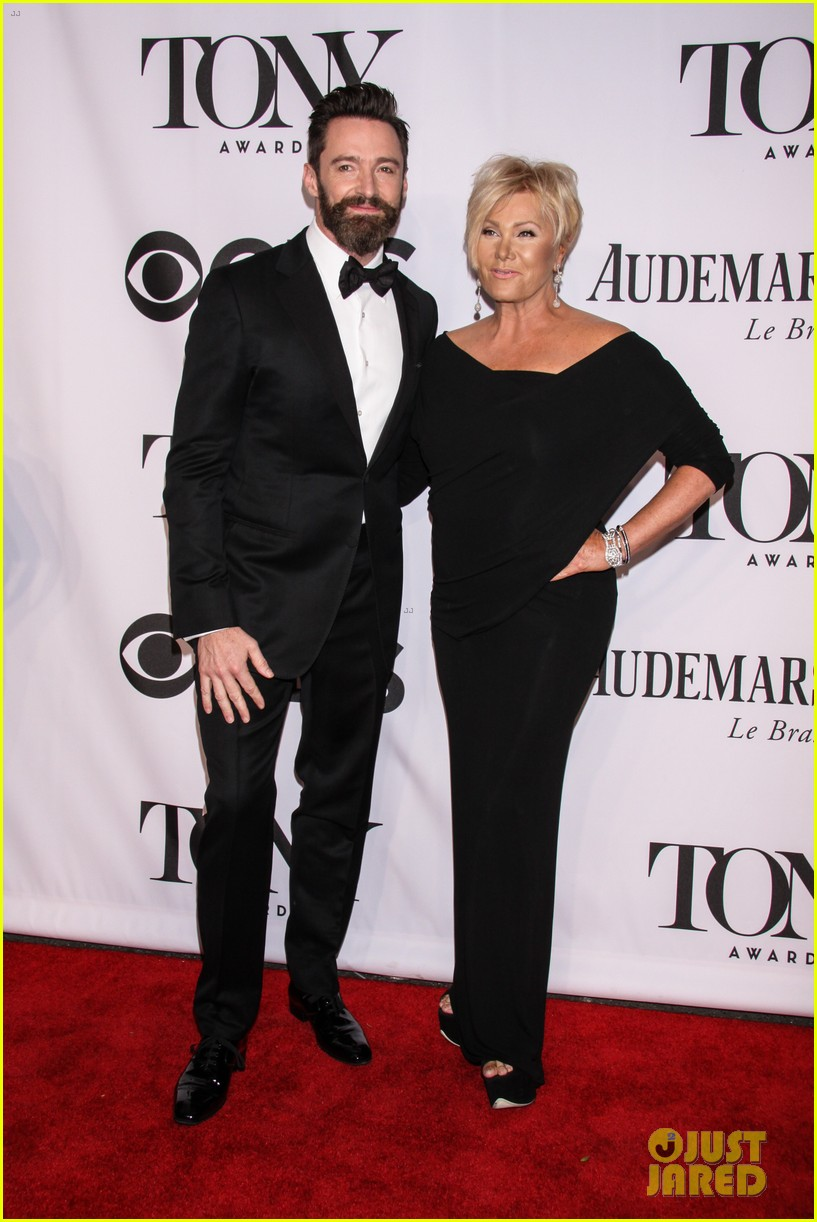 hugh jackman wife deborra lee furness tony awards 2014 05