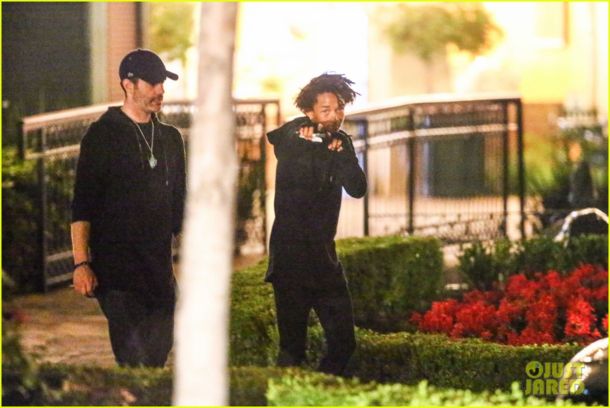 jaden smith makes late night sushi run 123143941