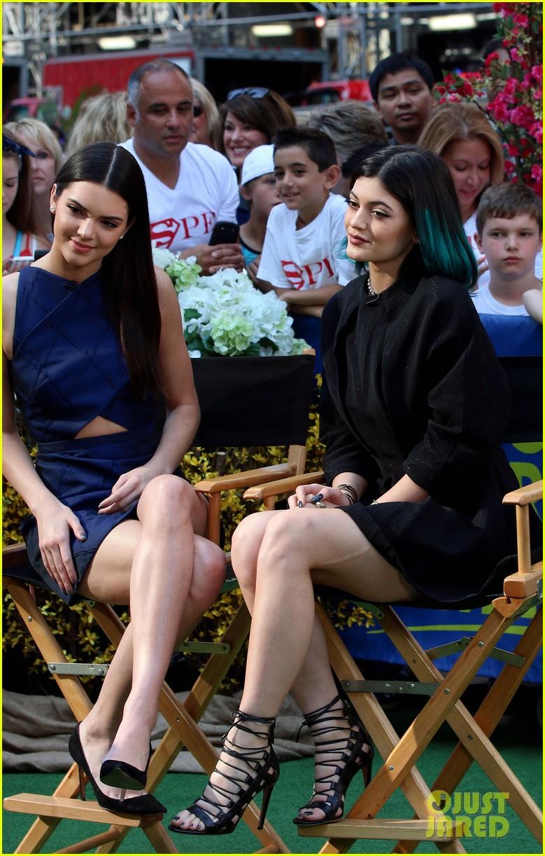 kendall kylie jenner talk kim kardashian kanye west wedding 03