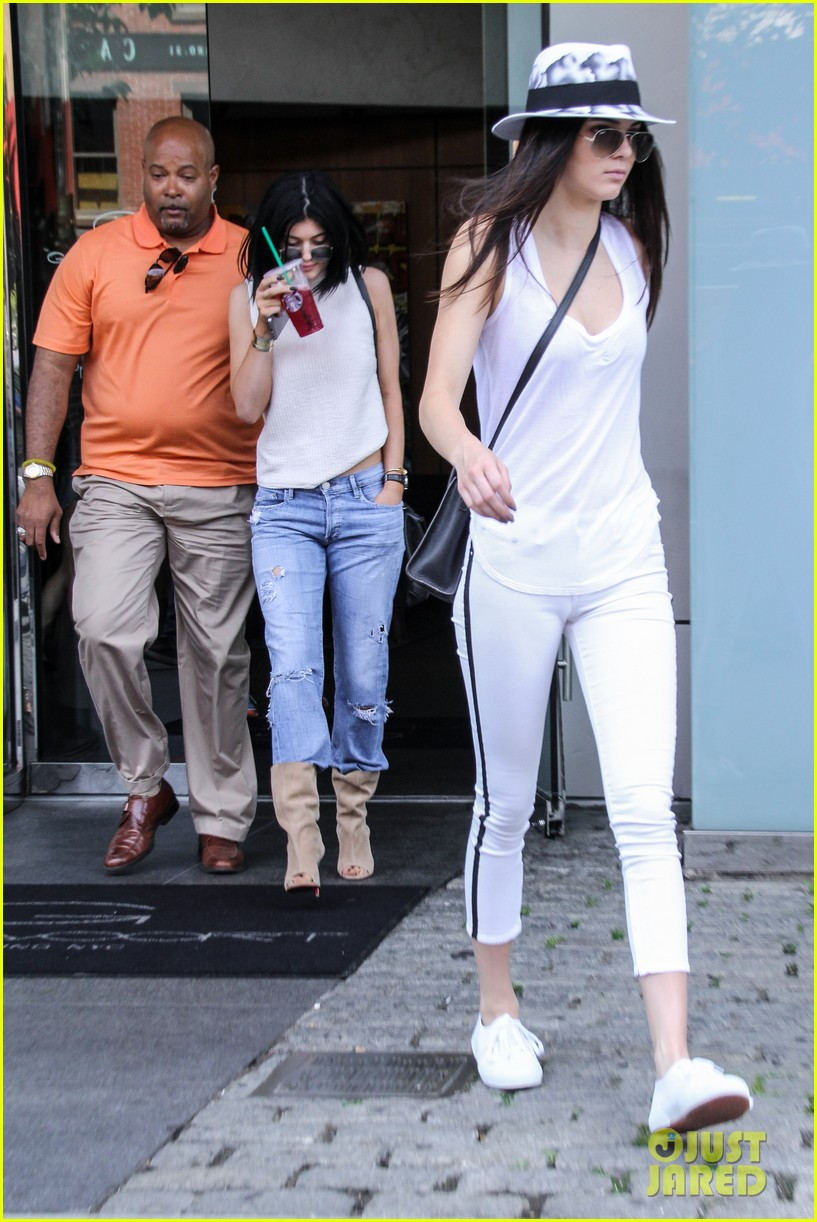 kylie kendall jenner meat packing district book 04