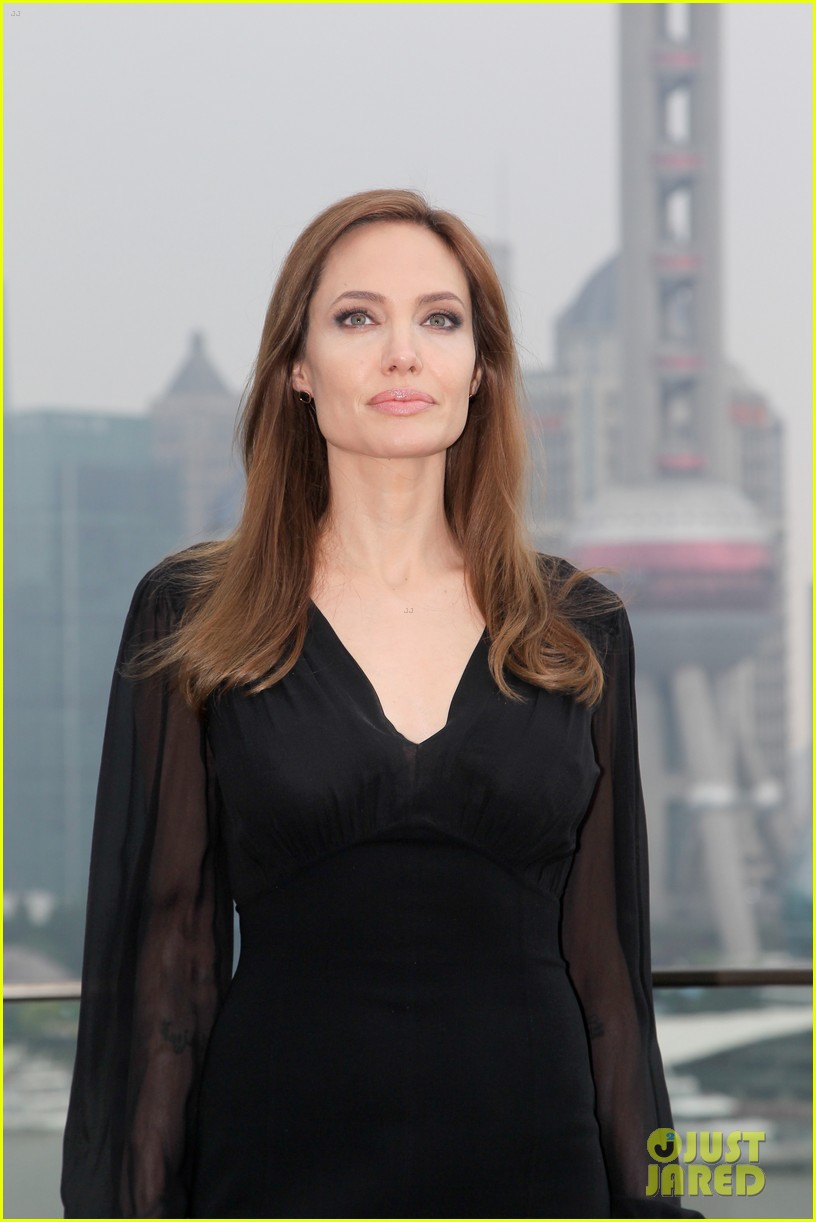angelina jolie brings maleficent to china 07