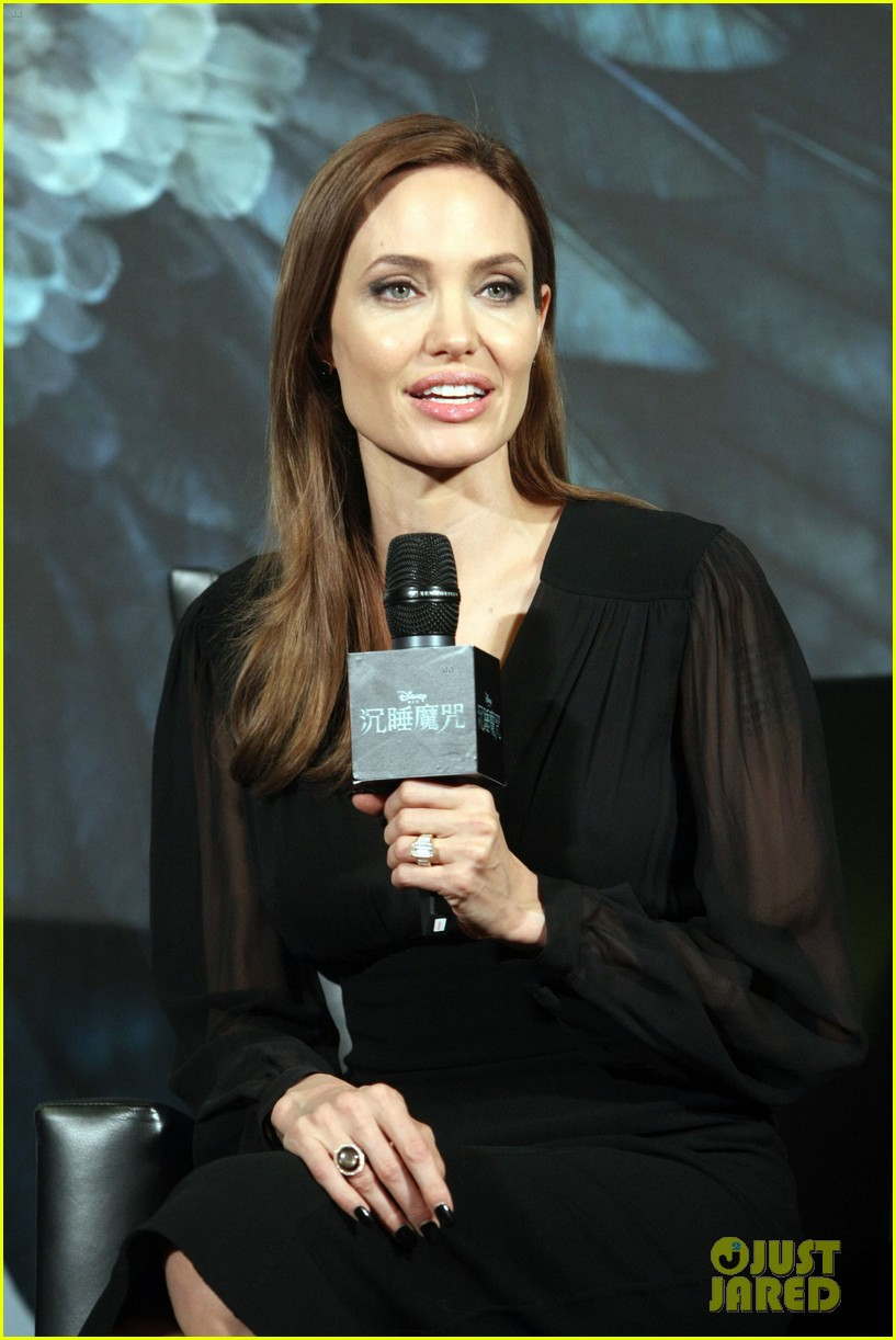 angelina jolie brings maleficent to china 21