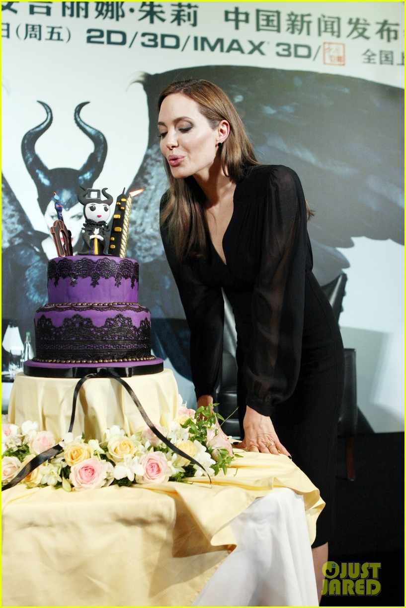 angelina jolie brings maleficent to china 25