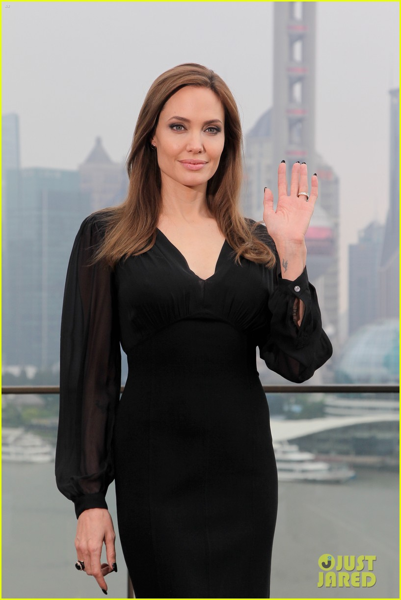 angelina jolie brings maleficent to china 28