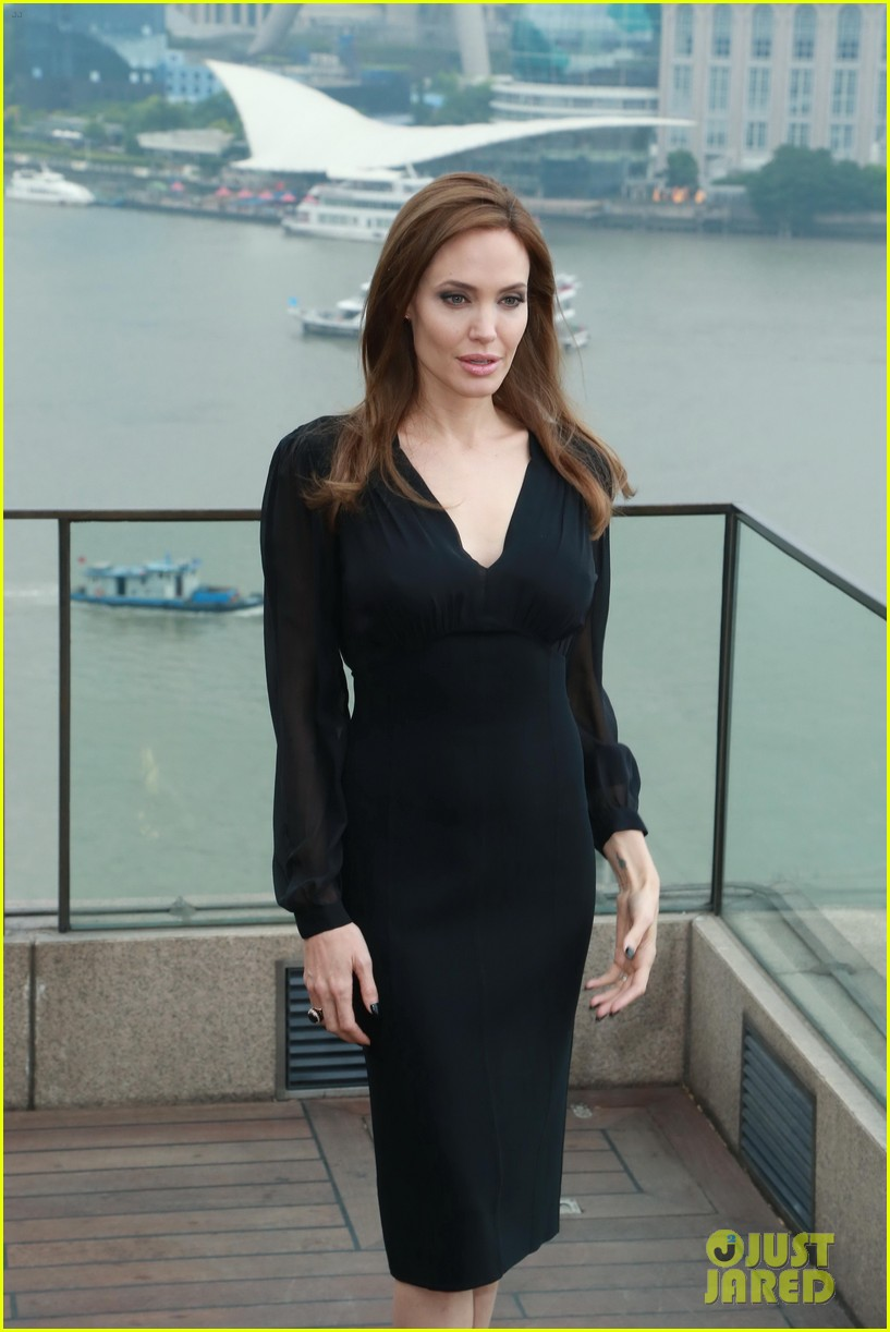 angelina jolie brings maleficent to china 413127280