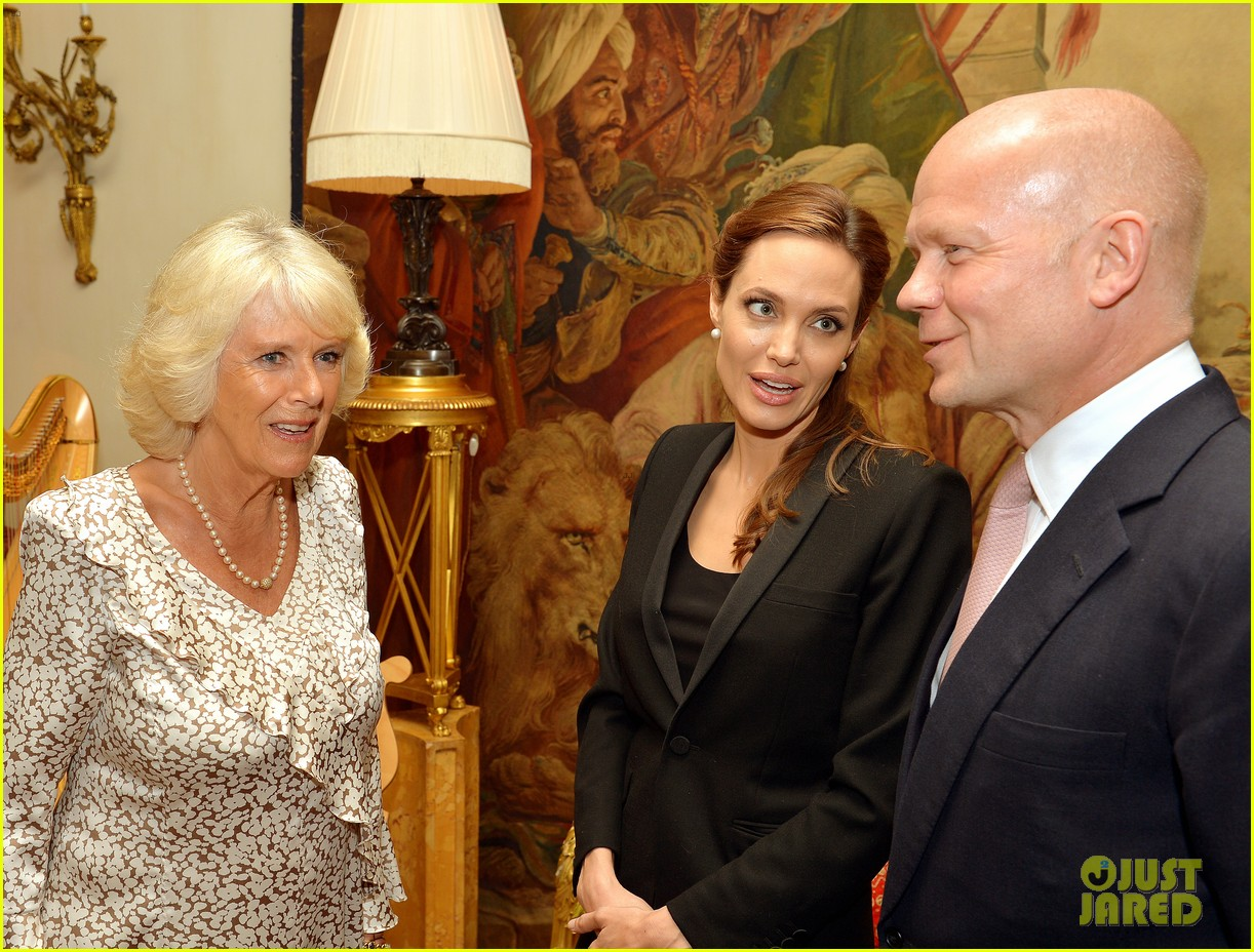 angelina jolie made honorary dame by queen elizabeth 04