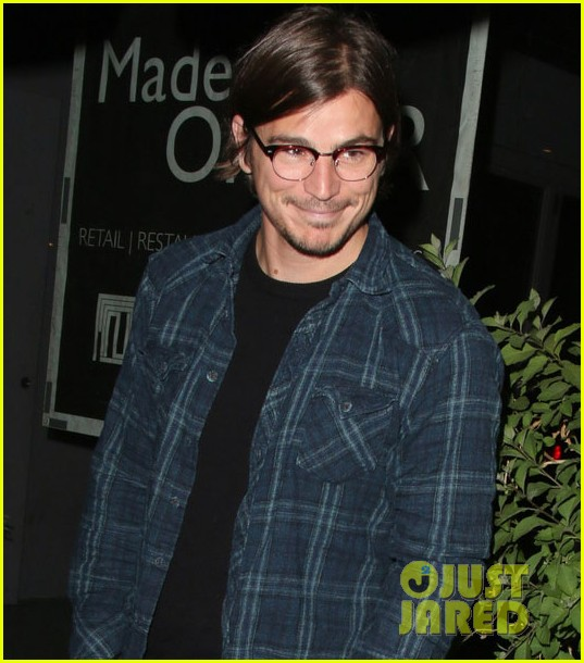 josh hartnett learned walk nyc without notice 043126012