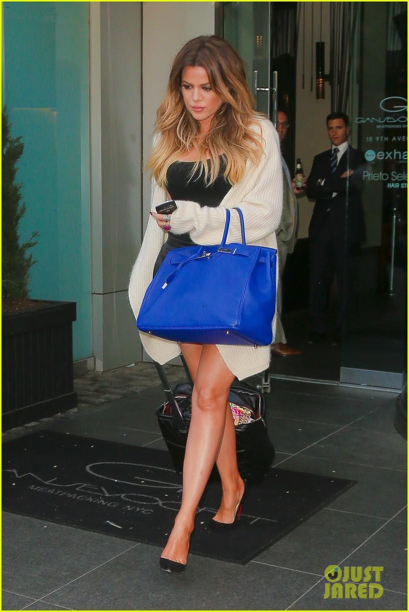 khloe kardashian celebrates 30th birthday 16