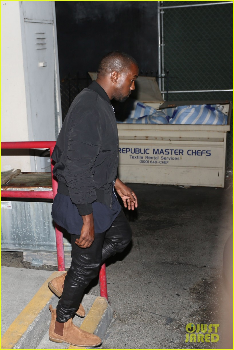kim kardashian kanye west step out for dinner at craigs 023141673