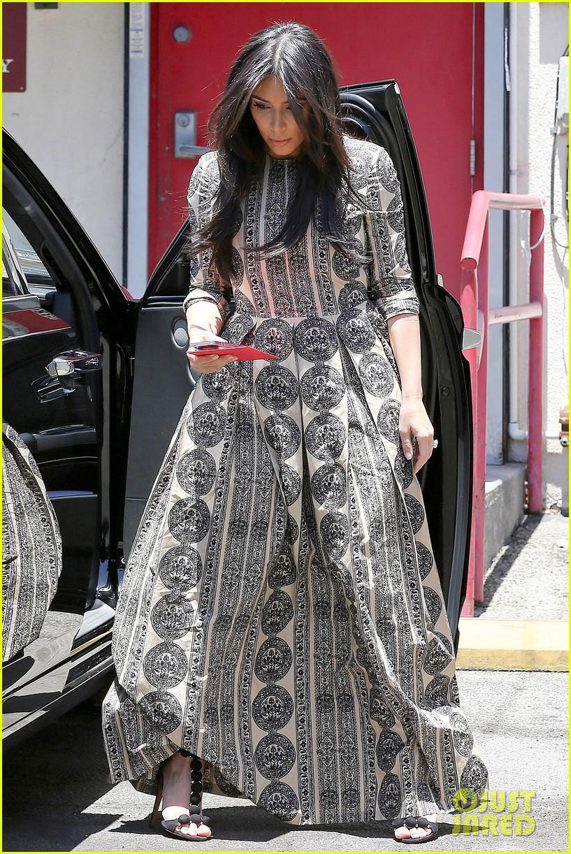 kim kardashian legendary paris trip 023127484