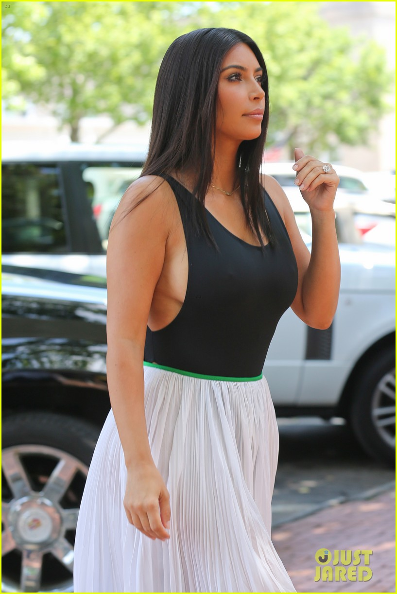 kim kardashian north west victims of racist attack 06