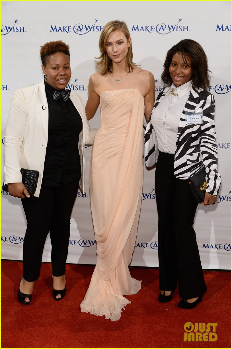 karlie kloss is a true angel at make a wish gala 10