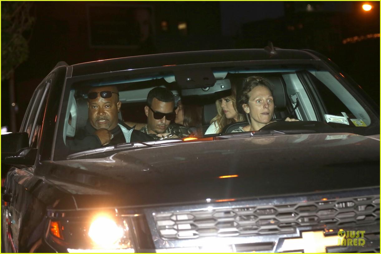 khloe kardashian white affair on 30th birthday dinner 06