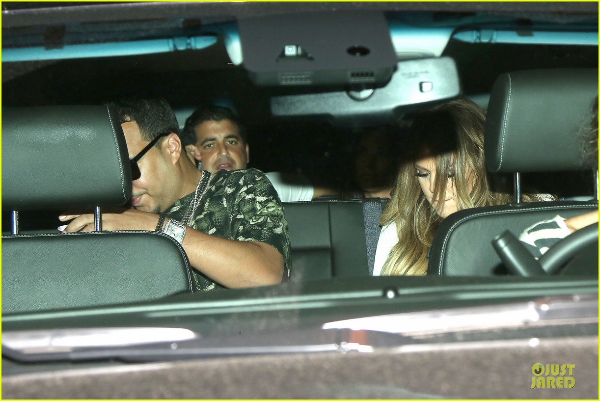 khloe kardashian white affair on 30th birthday dinner 08