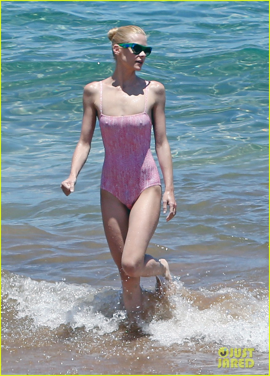 jaime king rocks hot pink one piece swimsuit shares adorable video 033137960