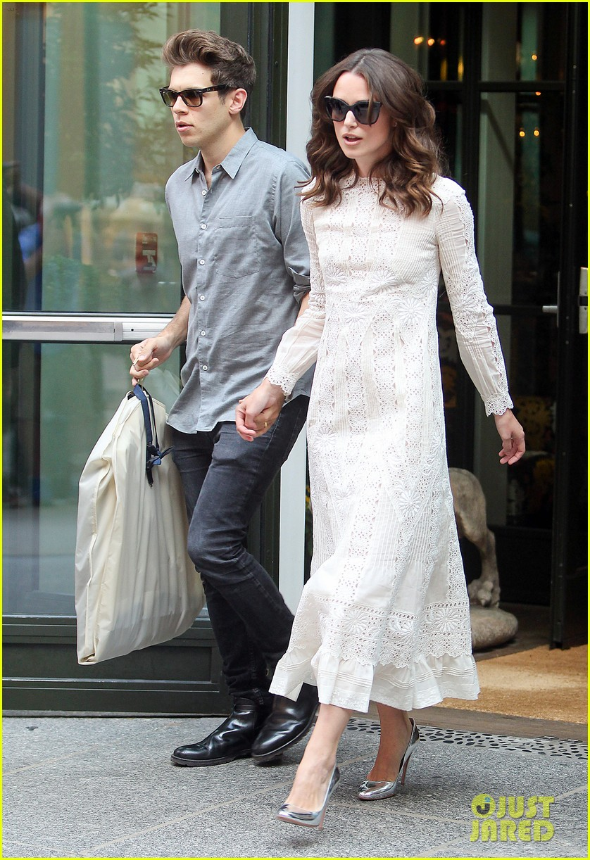keira knightley james righton begin again premiere 22