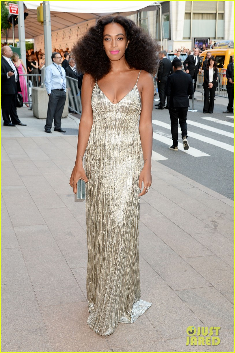 solange knowles rachel roy attend cfda fashion awards 013126798