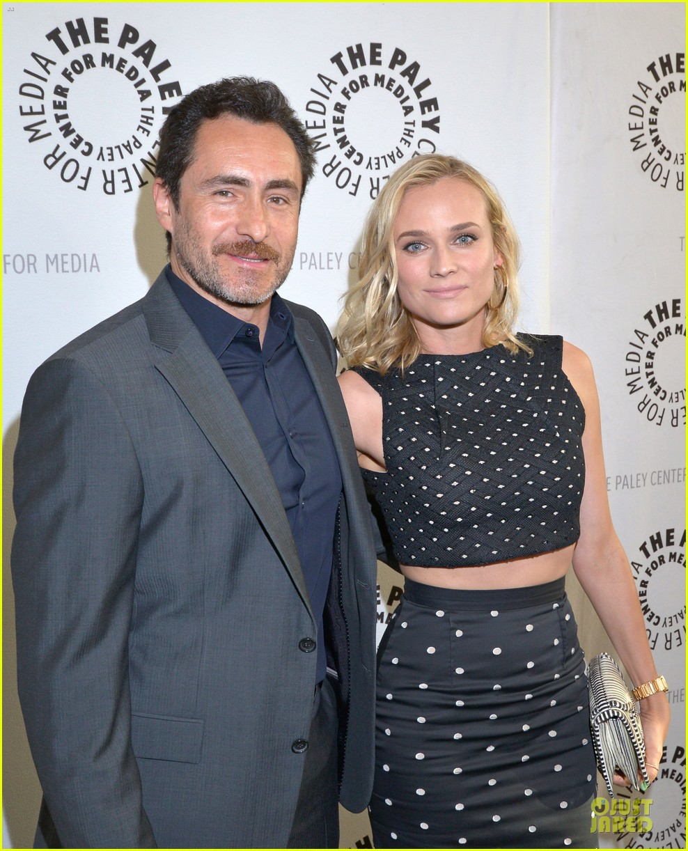 diane kruger bares midrff at bridge premiere 02