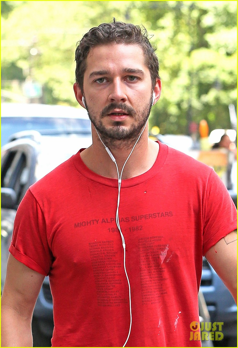 shia labeouf gym time vintage top 04