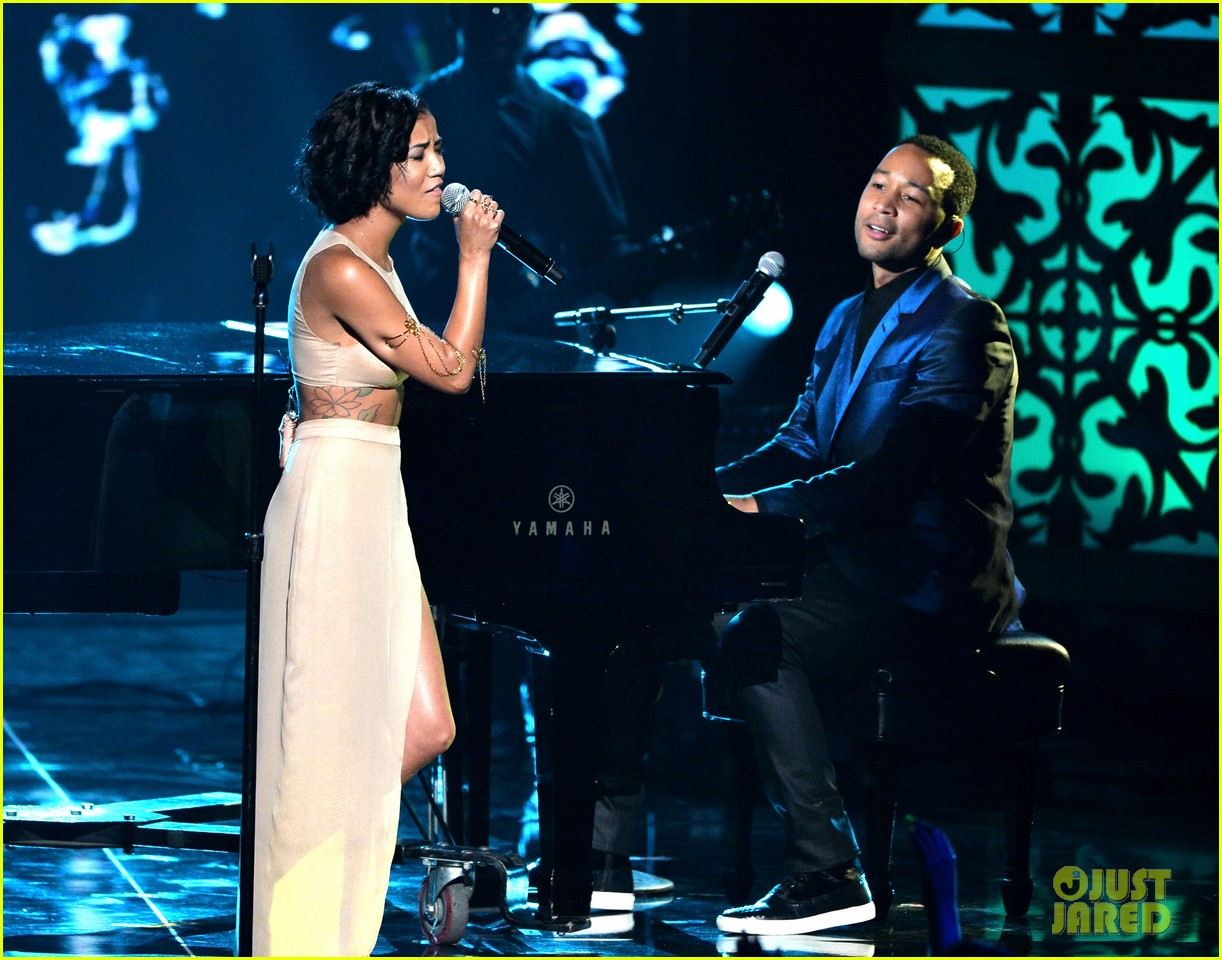 john legend jhene aiko bet awards 2014 033146326