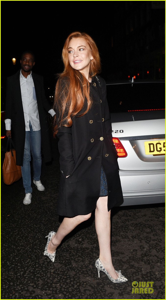lindsay lohan change it up for dinner 033132767