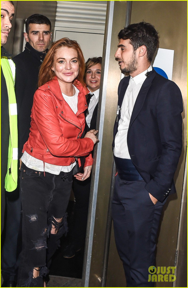 lindsay lohan is looking happier more refreshed than ever 033147012