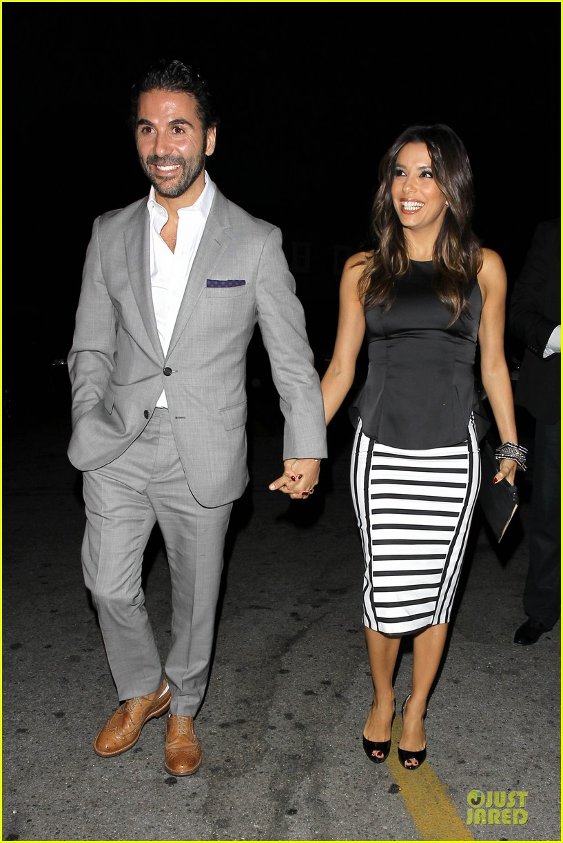 eva longoria beaming with jose baston presence 05